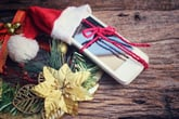 What to Consider When Gifting a Cellphone