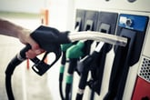 This Is the No. 1 Mistake Drivers Make When Filling Up