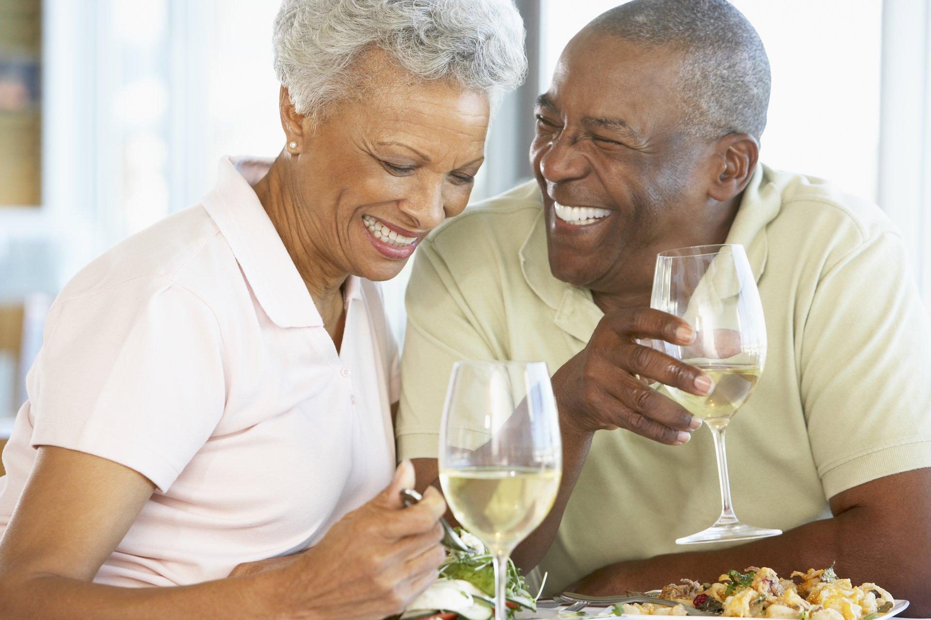seniors dining