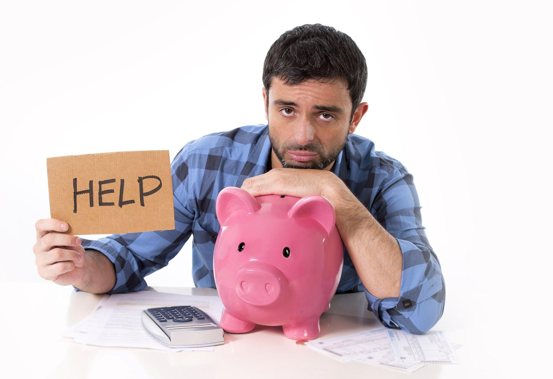 Man w Piggy Bank