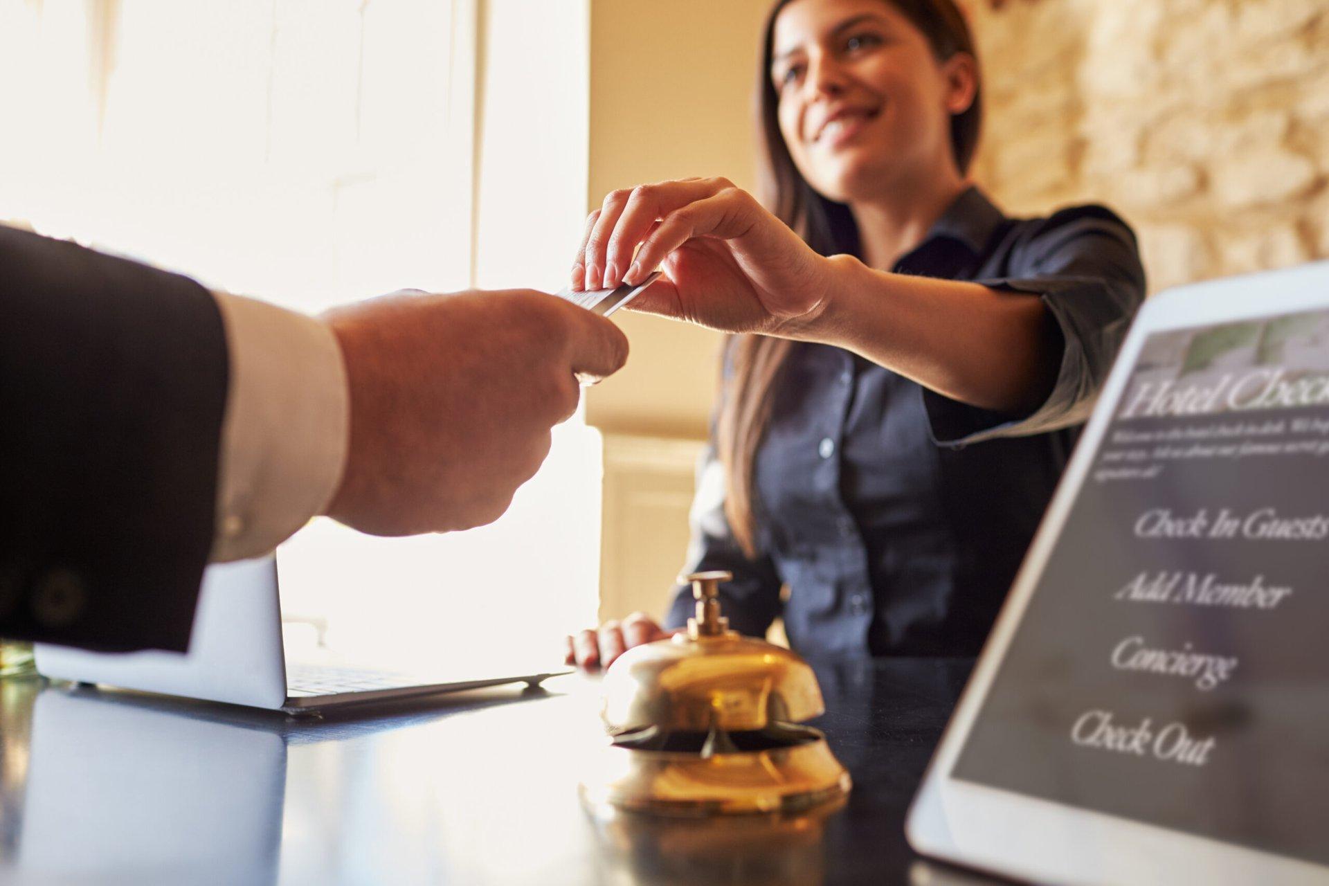 11 Tips for Avoiding Ridiculous Hotel Fees