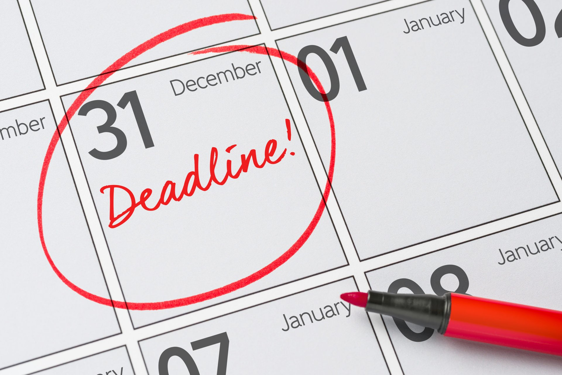 December 31 tax deadline marked on a calendar