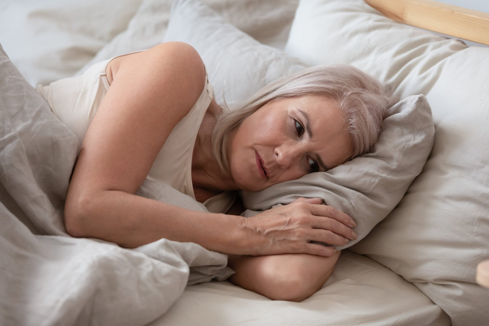 Woman with thyroid disease has trouble sleeping