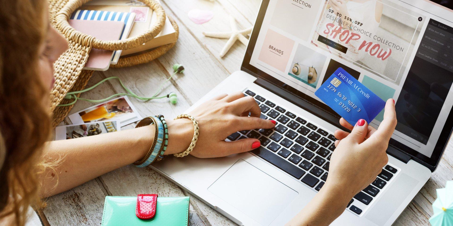 a woman shops Memorial Day sales online