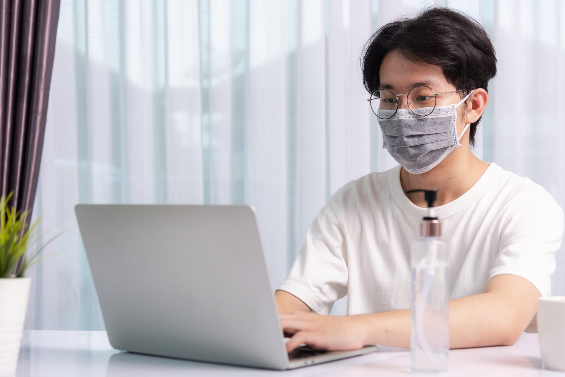 Man looking for remote job during pandemic
