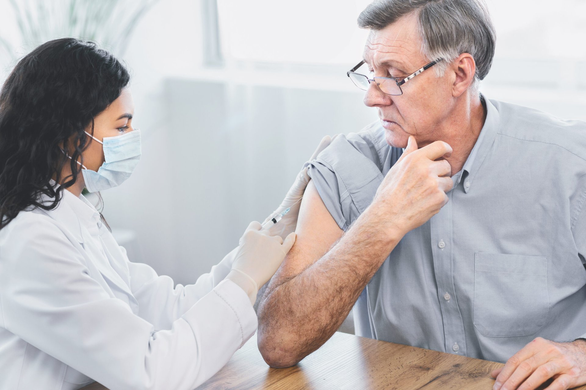 6 Retailers That Will Reward You for Getting a Flu Shot in 2021