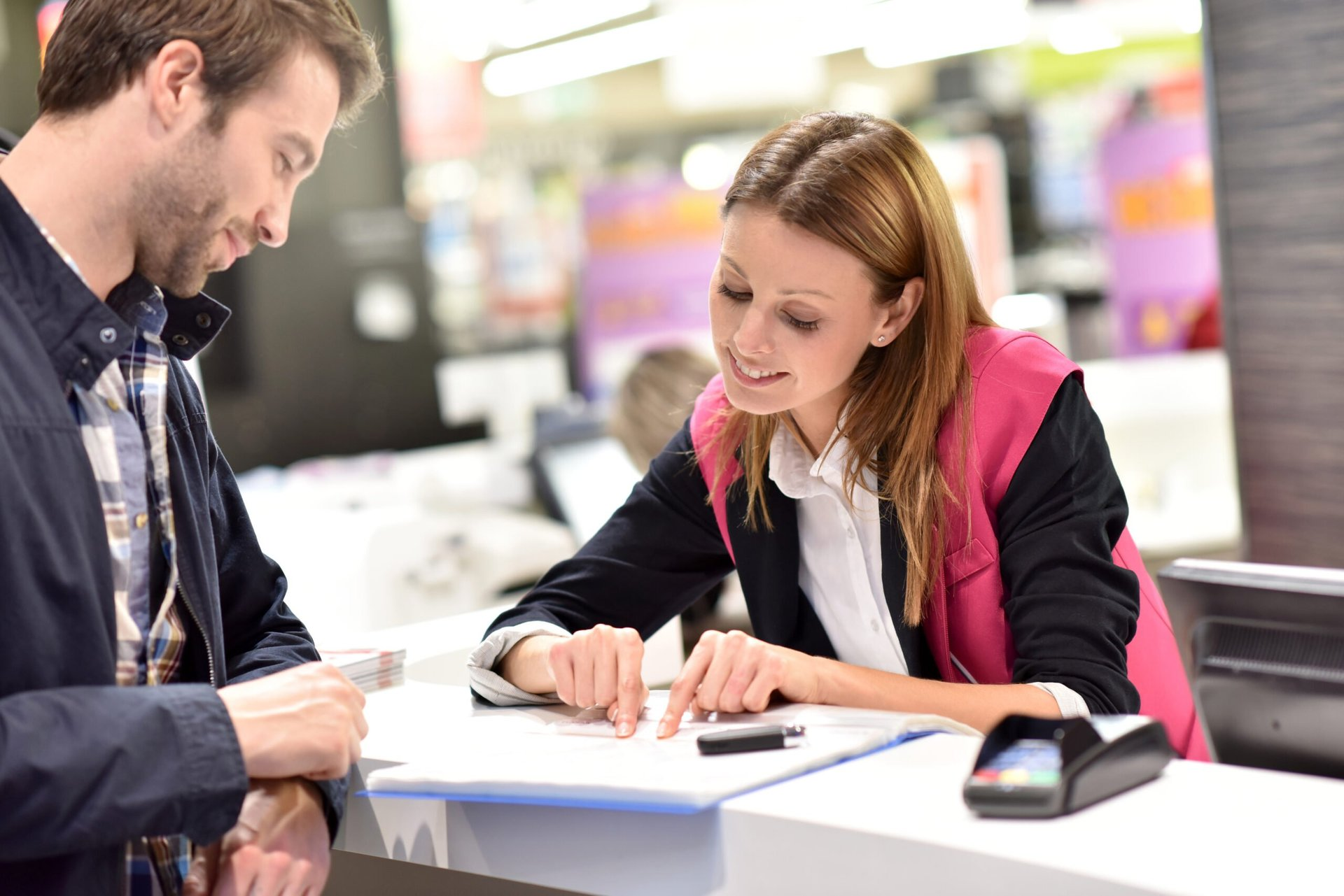Car rental assistant with customer