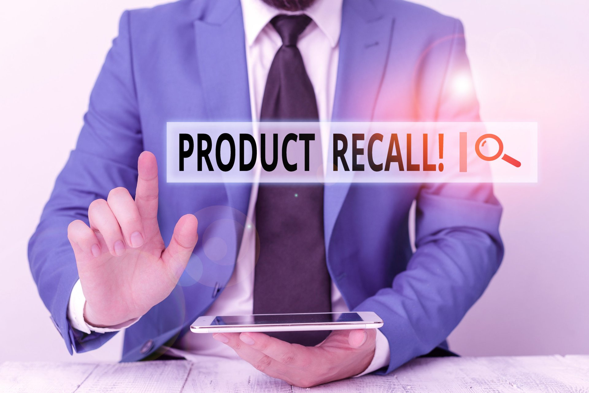 Man searching for product recalls online