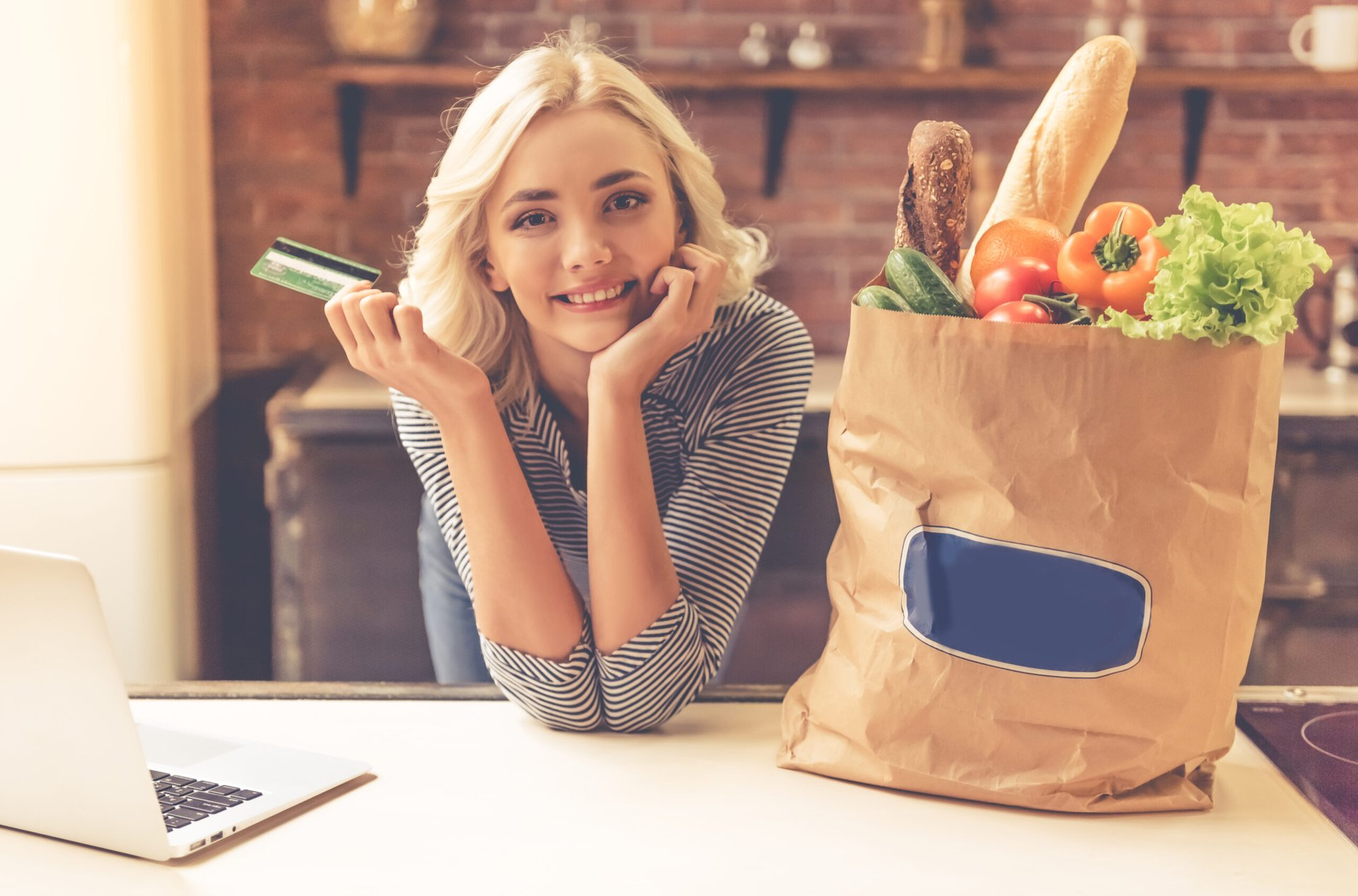 Woman who ordered groceries online