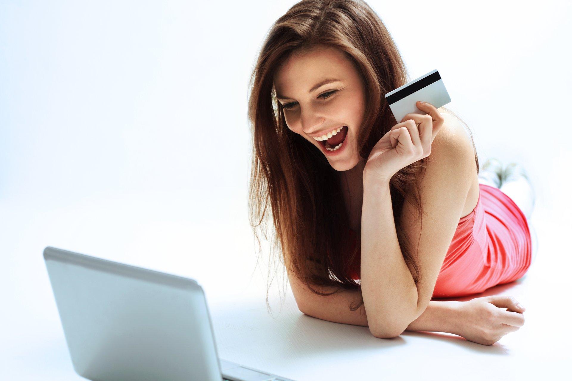 Woman w credit card