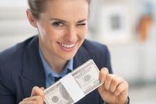 10 Things Frugal People Never Buy