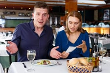 Couple unhappy with the restaurant bill
