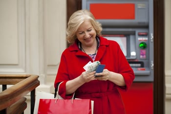 7 Bank Accounts With Extra Perks for Seniors
