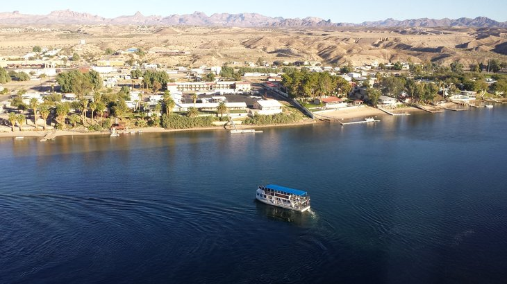 Laughlin, Navada offers a combination of really hot weather and some great entertainment options.