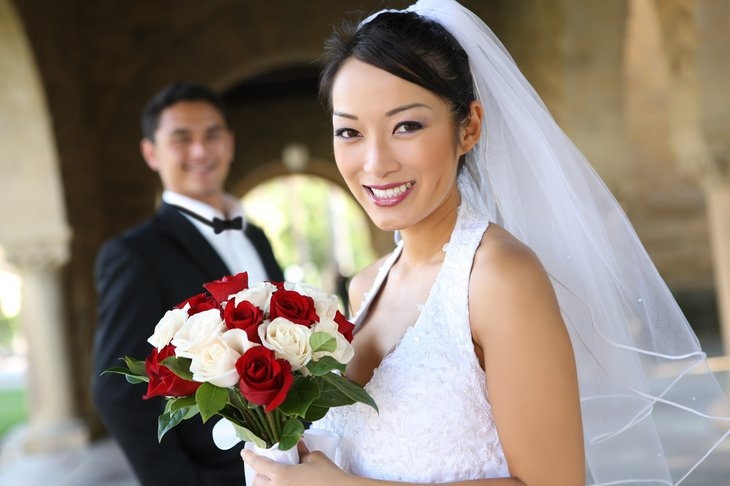 bride groom wedding asian
