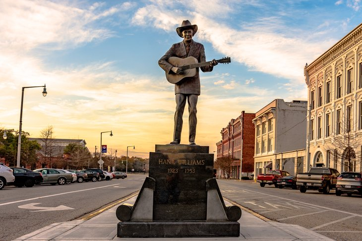Statue of Hank Williams in Montgomery, Alabama.