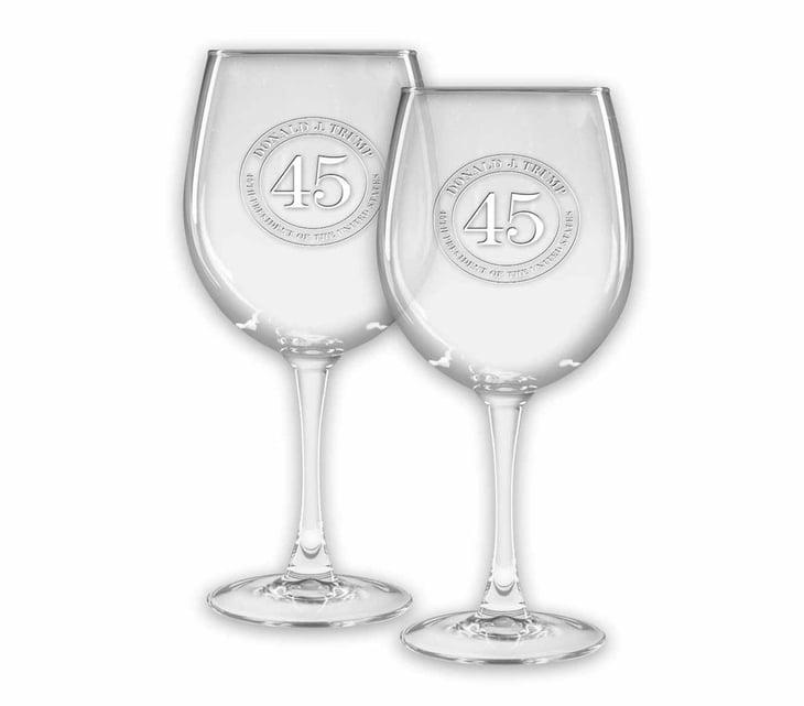 Wine glasses with Trump inscription