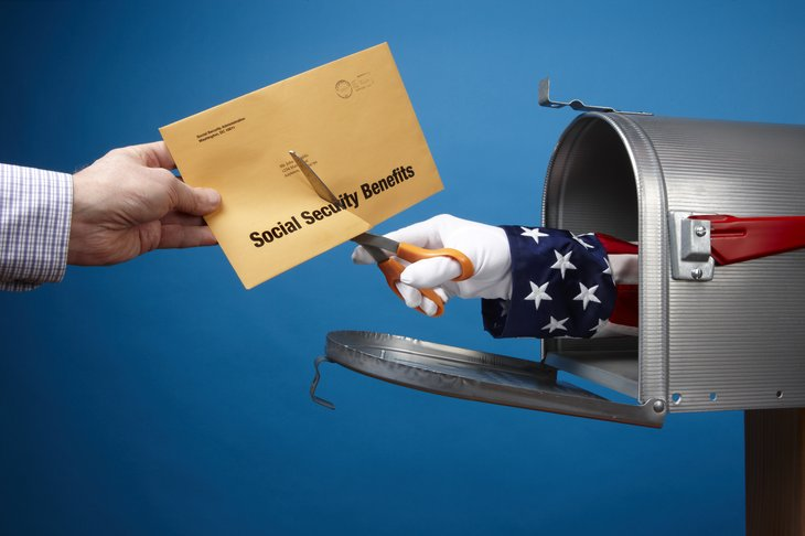 Uncle Sam cutting Social Security benefits
