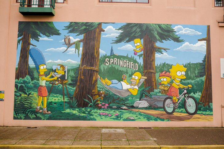 """The Simpsons"" mural in Springfield, Oregon"