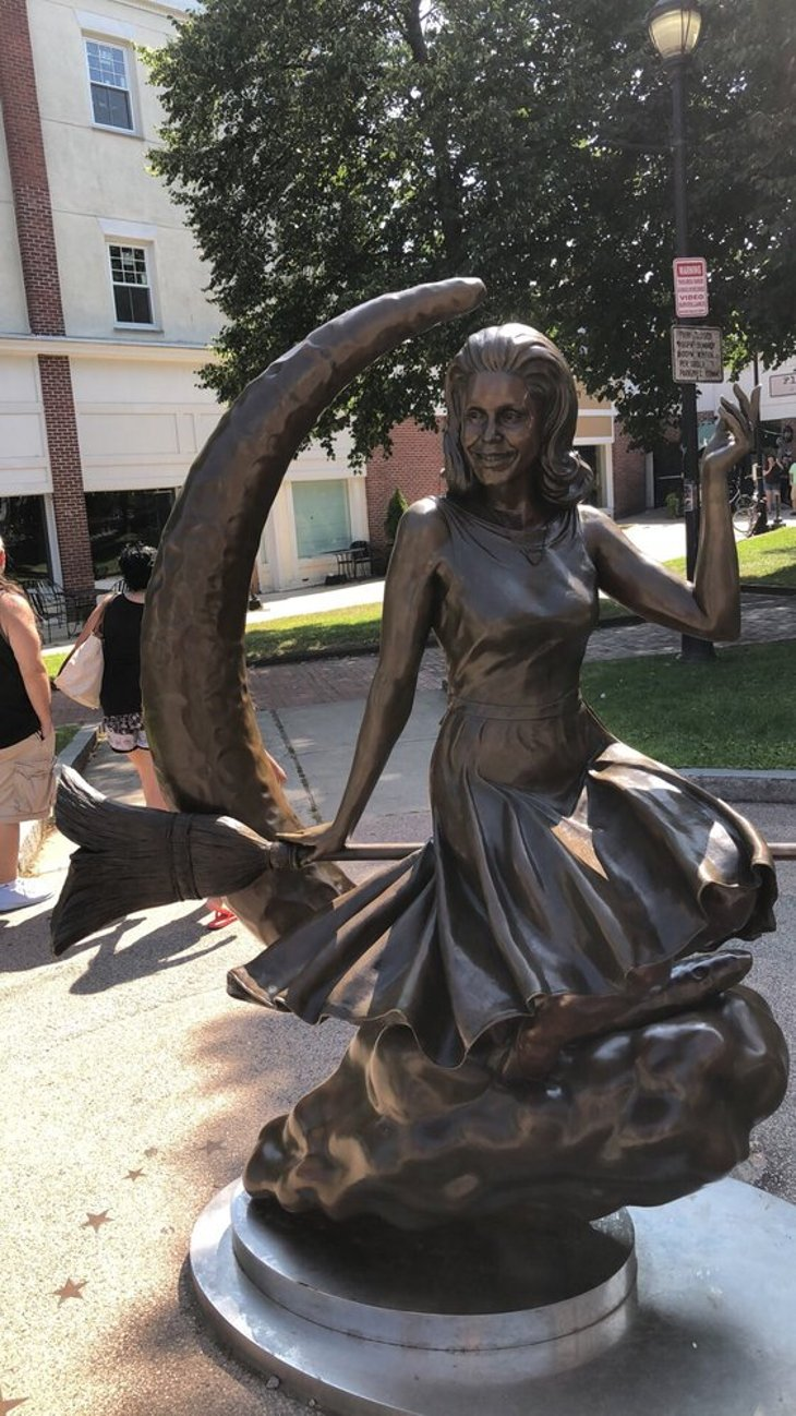 """Bewitched"" statue, Salem"