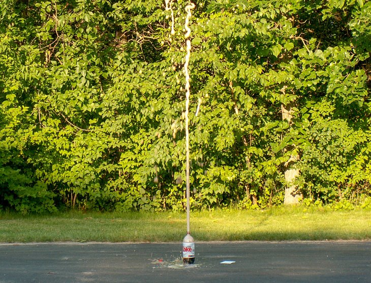 Coke and Mentos explosion