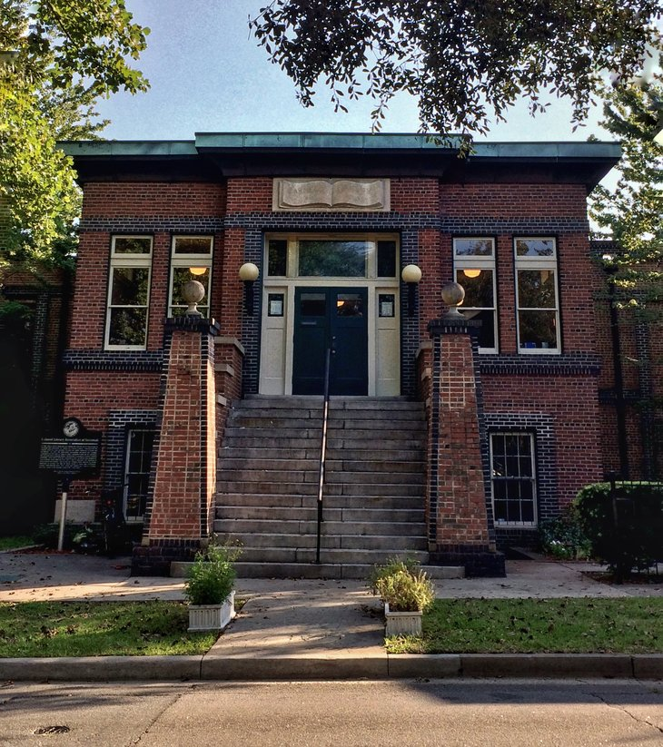 Savannah Library