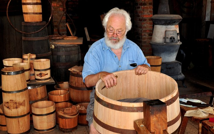 Wooden barrel maker in Connecticut