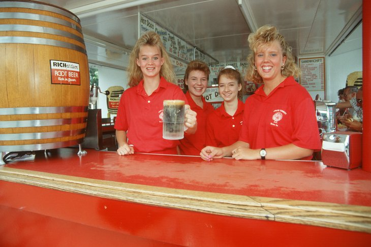 Servers at a rootbeer stand
