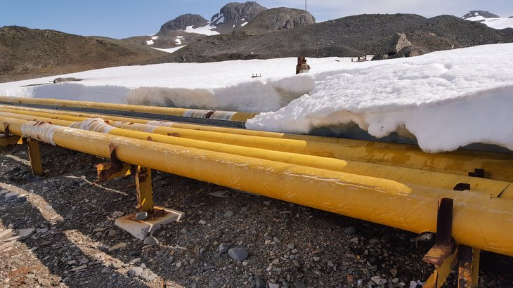 Alaska oil industry snow