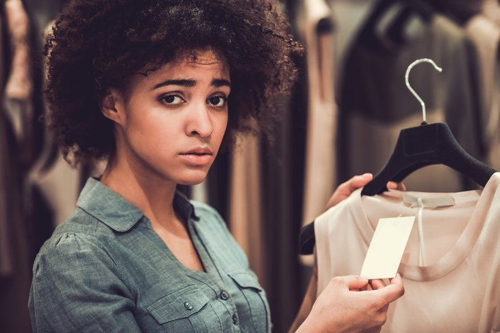 Shopper disappointed by a clothing price tag