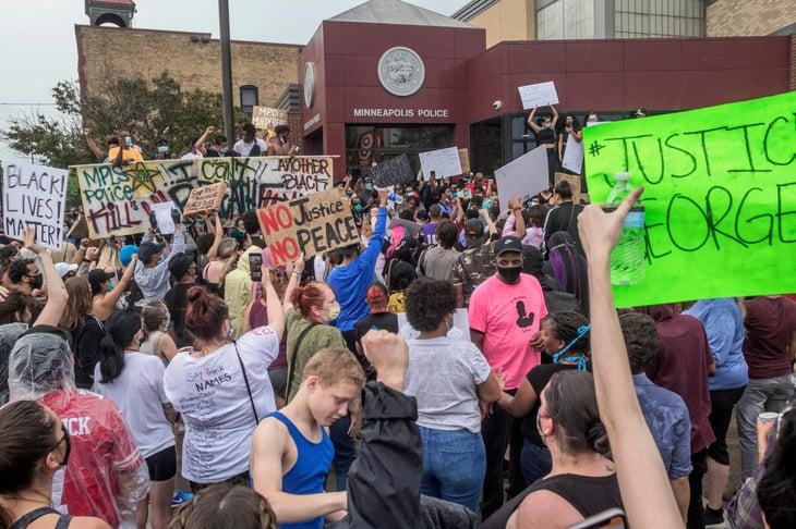 Minneapolis police protestors
