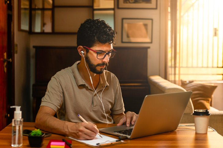 Distance learning student