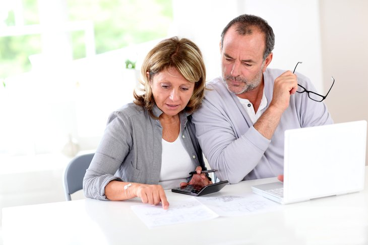Couple planning their retirement