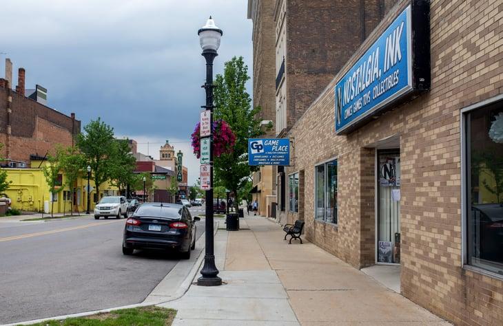 A street level view of Jackson, Michigan
