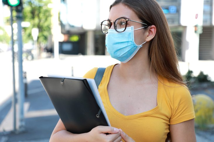 A female college student during the pandemic