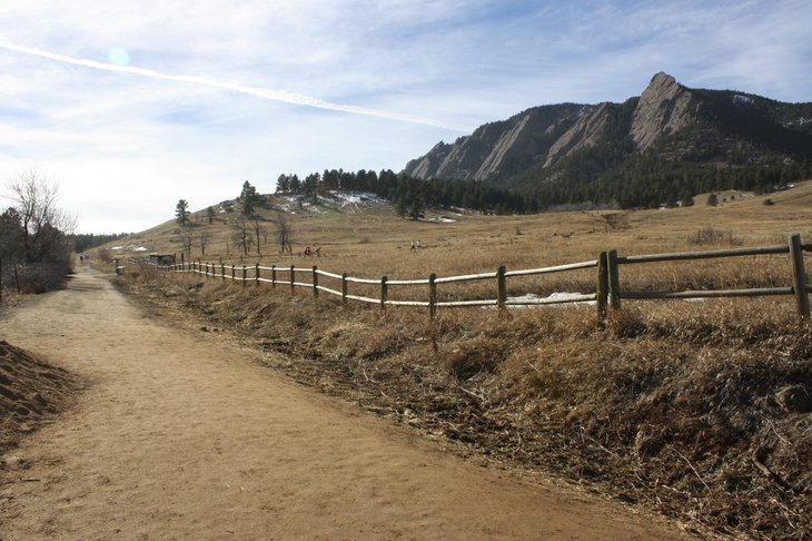 Rocky Mountain path near Gunbarrel, Colorado