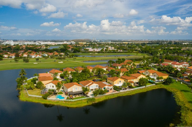 Homes in Pembroke Pines Florida