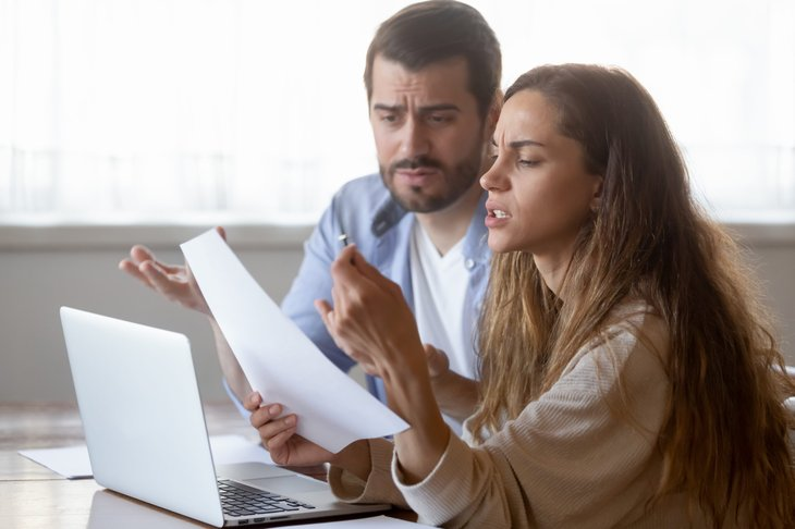 Couple making a mortgage payment
