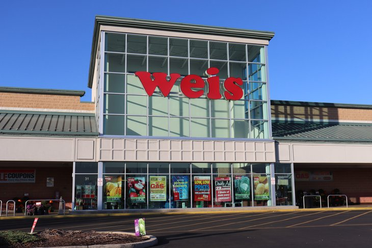 Weis Markets store