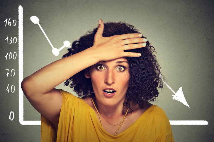Woman making investing mistakes
