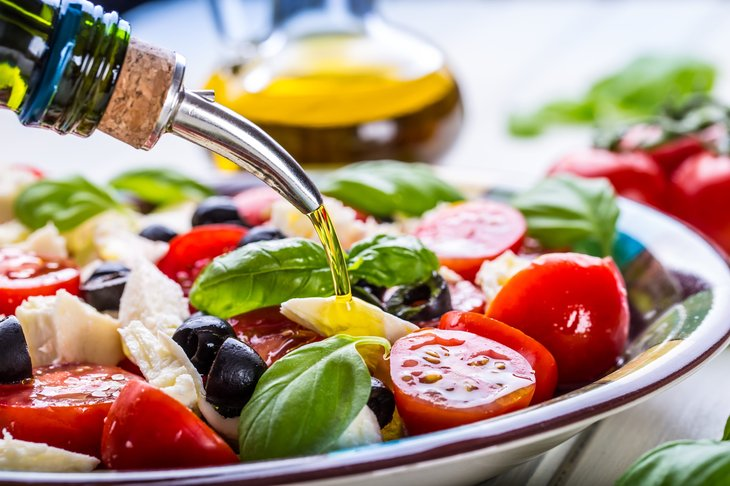 Salad with olive oil