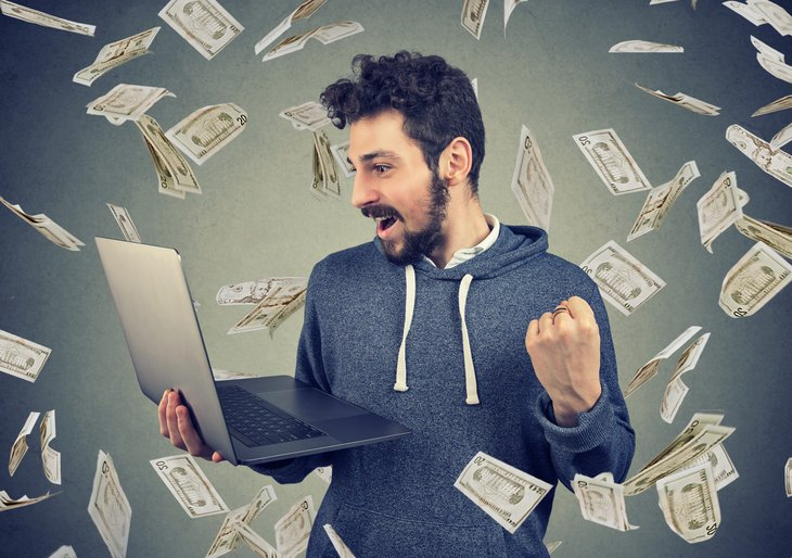 Man excited to make money online
