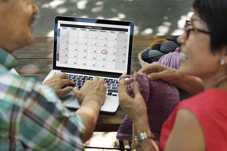 senior calendar computer