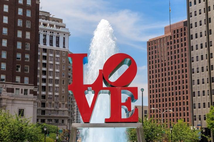 Love Park statue in Philadelphia