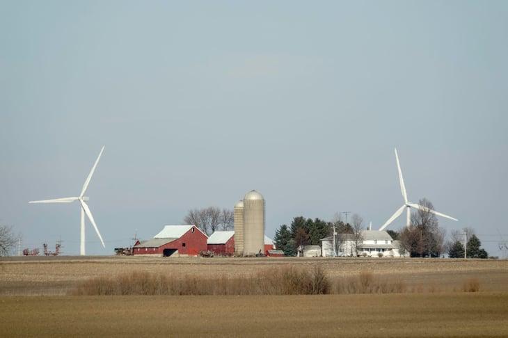 Illinois wind turbines farm