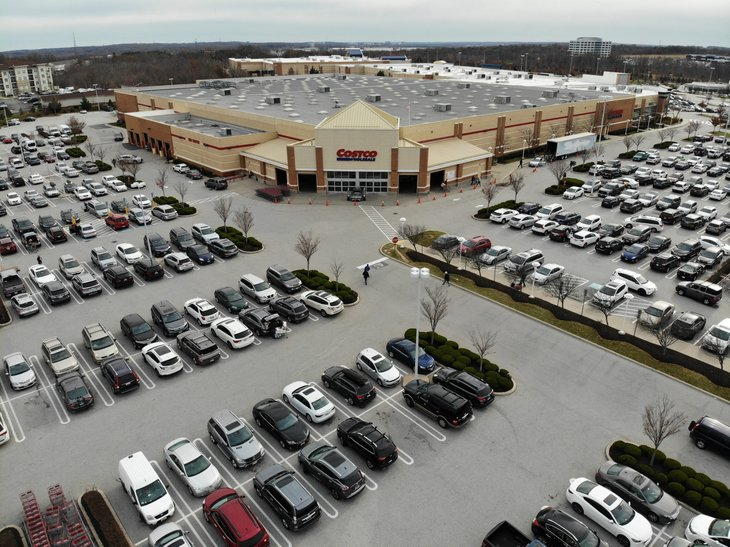 A full Costco parking lot