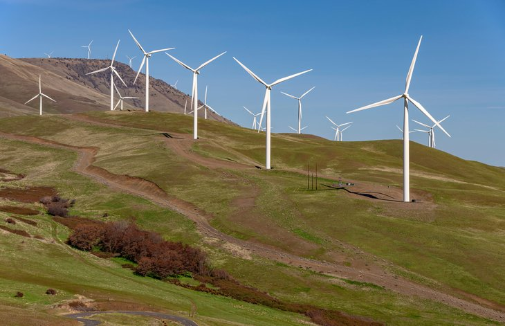 Columbia River Gorge Washington wind farm