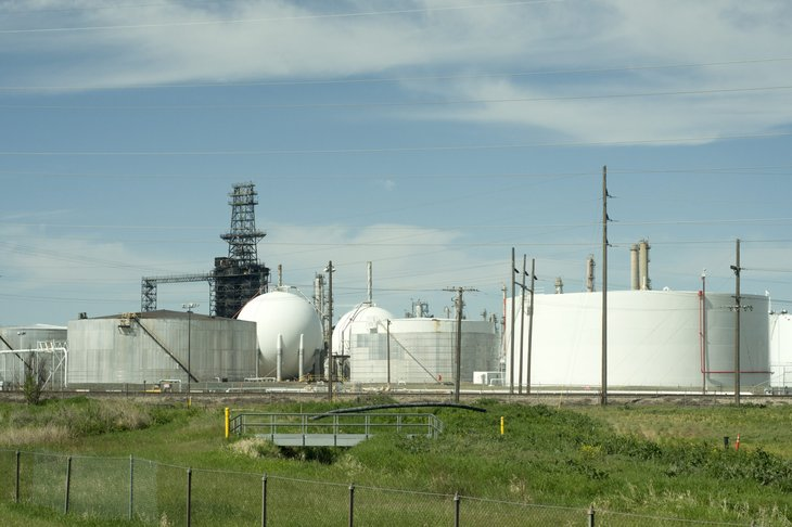 Montana natural gas refinery