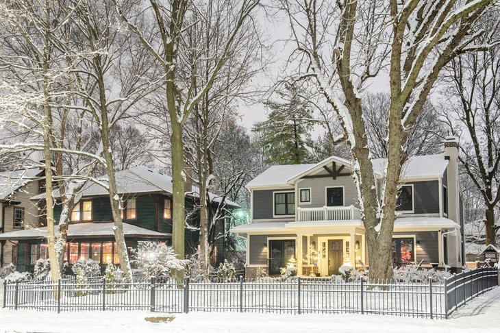 winter scene homes in Indianapolis, Indiana