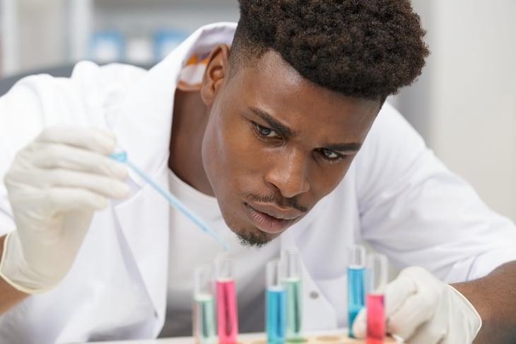 STEM Jobs laboratory worker